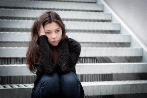 5 causas del envejecimiento prematuro infelicidad