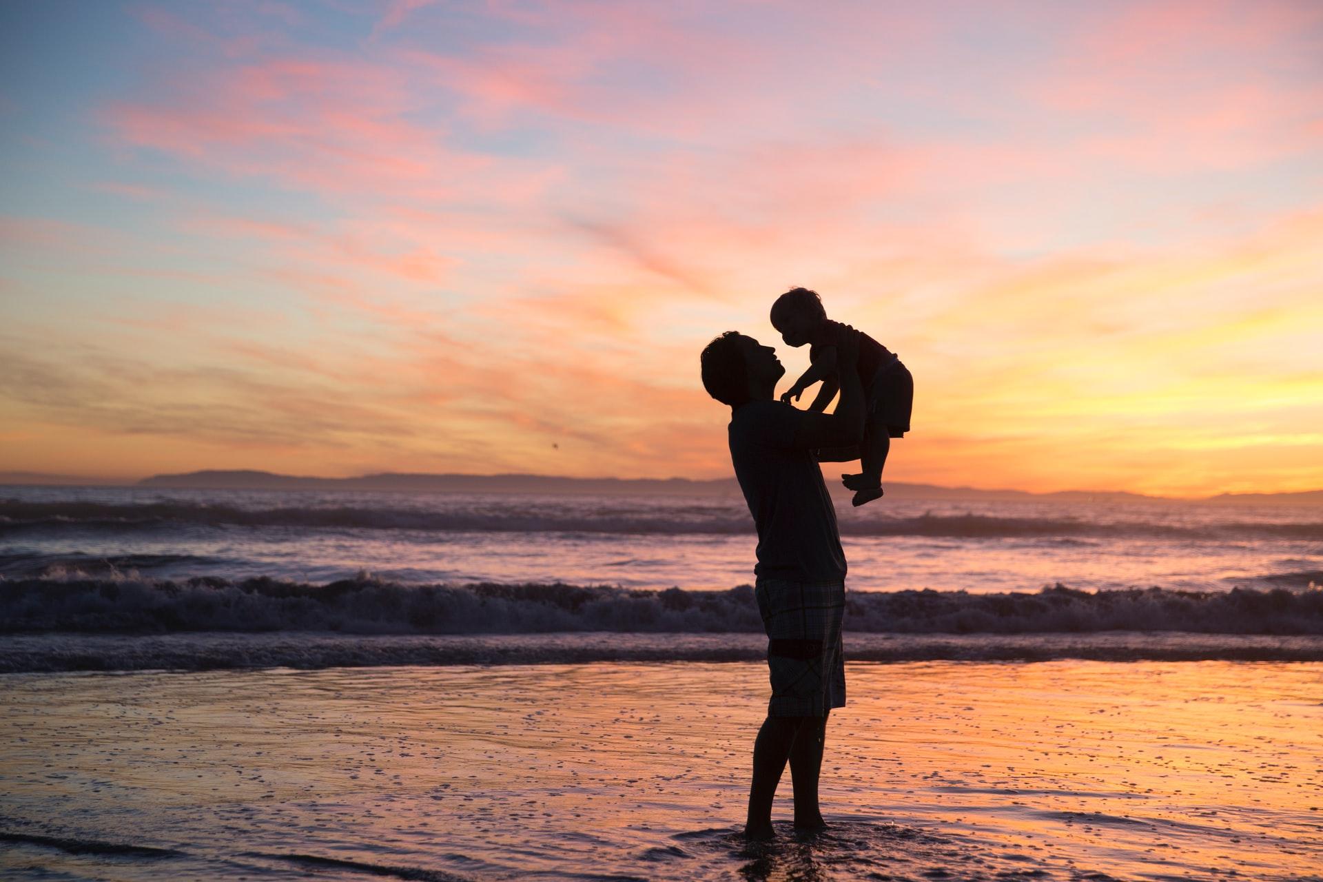 Sanar el lado masculino, sanar la relación con el padre, sanar la figura paterna, sanar la relacion con el padre constelaciones familiares, ancestros masculinos,